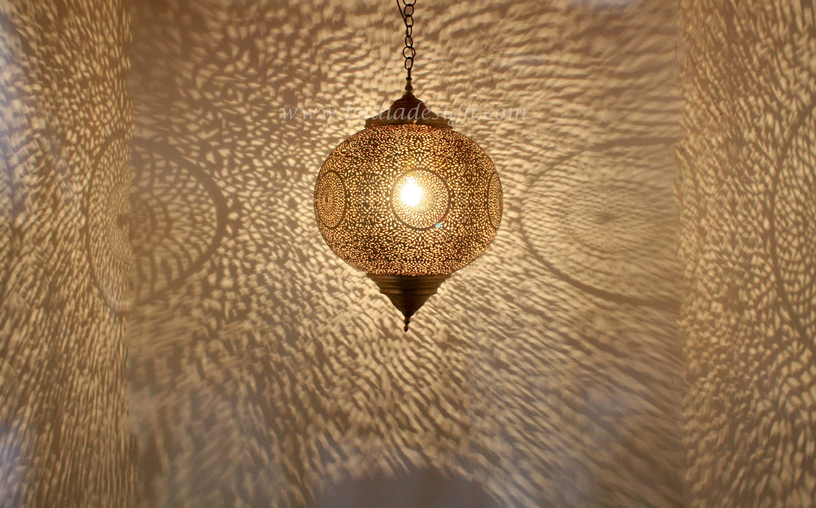 moroccan-round-brass-ceiling-light-fixture-lig274-1.jpg